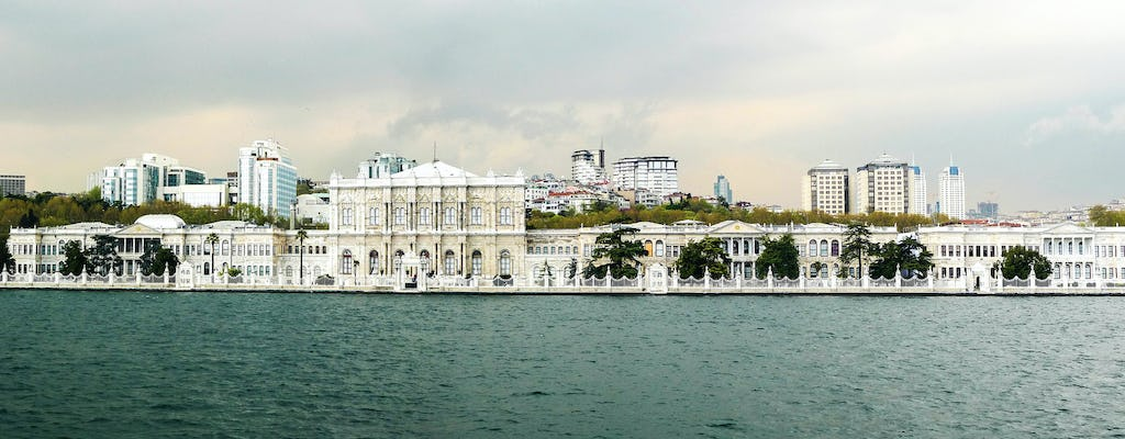 Istanbul Bosphorus Cruise on a Luxury Yacht