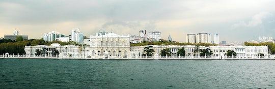 Istanbul Bosphorus Cruise on a Luxury Yacht