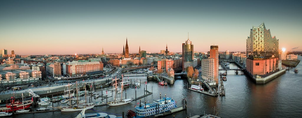 Family tour: Hamburg's port for children with ferry ride