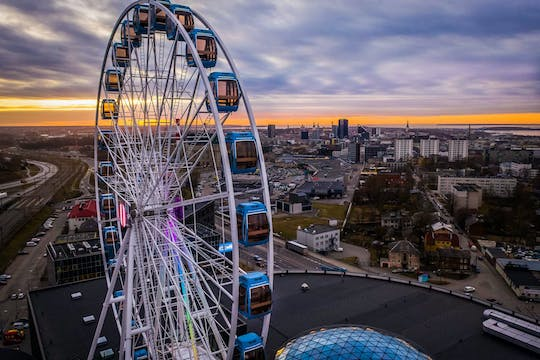Skywheel of Tallinn Esperienza VIP MUMM