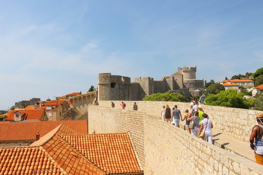 Tour guidato a piedi delle mura della città di Dubrovnik