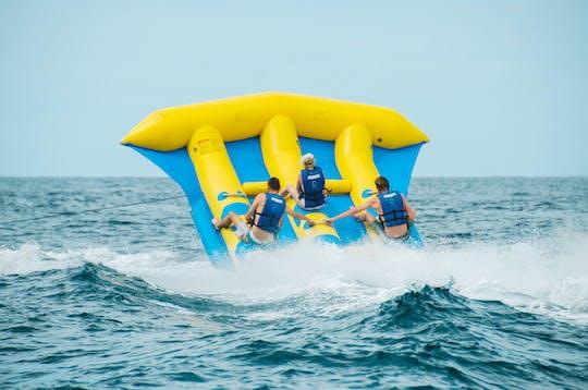 Sporty wodne na plaży Playa de Troya