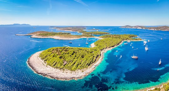 Red Rocks and Hells' Islands private tour from Hvar