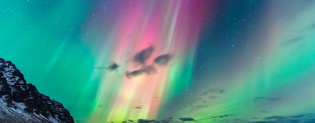 Aventura noturna da aurora boreal