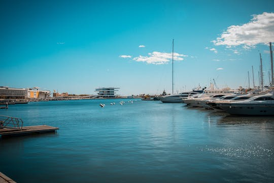 Sail and swimming cruise in Valencia