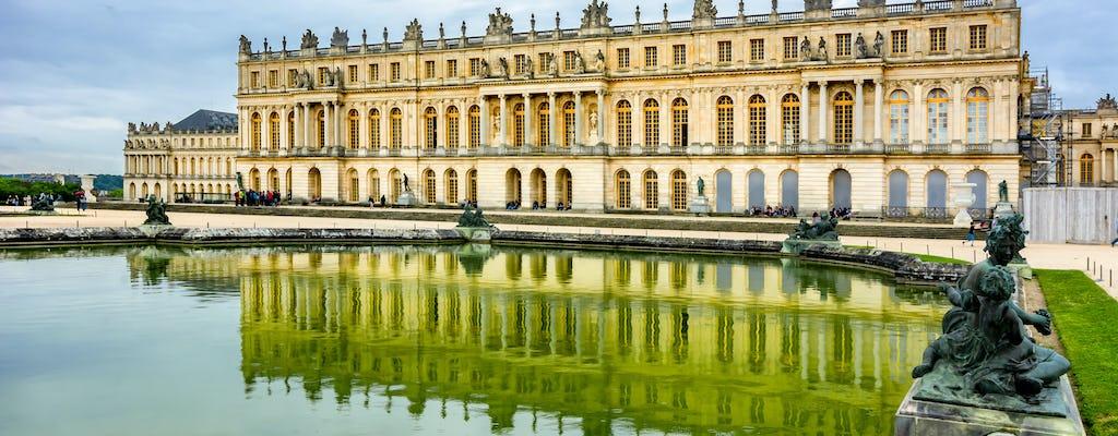Passeio matinal do palácio e jardins de Versalhes