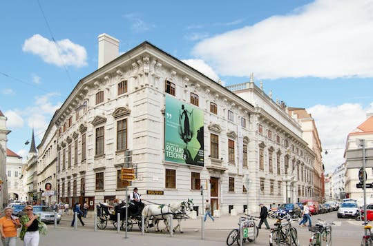 Tickets for the Theatermuseum and Academy of Fine Arts in Vienna