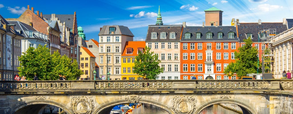 Copenhagen on foot and Tivoli park
