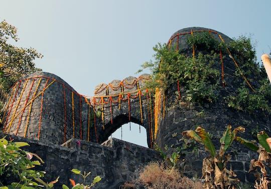 Excursão privada de dia inteiro ao Forte Sinhagad e Khadakwasla saindo de Pune