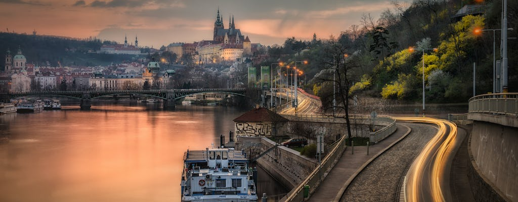 Private photography tour through Prague, the city of lights