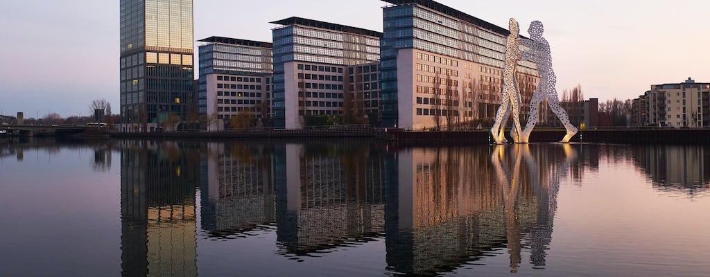 Explore impressive architecture along the River Spree in a private photography tour