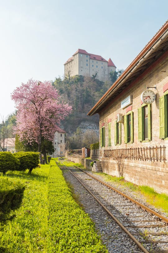 Prywatna wycieczka do zamku Rajhenburg z czekoladą i winem