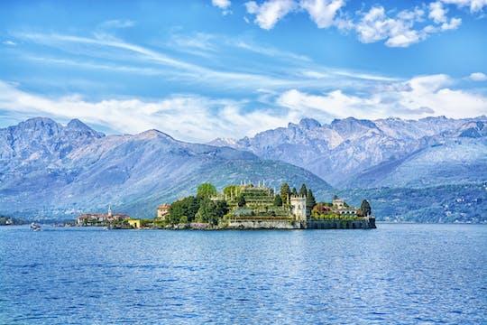Crucero privado descubriendo las villas del lago Maggiore