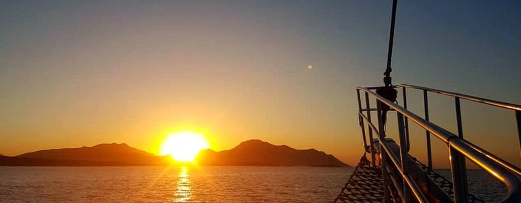 Rejs o zachodzie słońca
