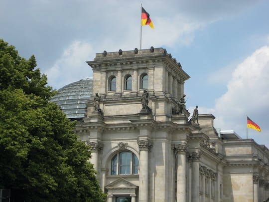 Private guided walking tour through Berlin