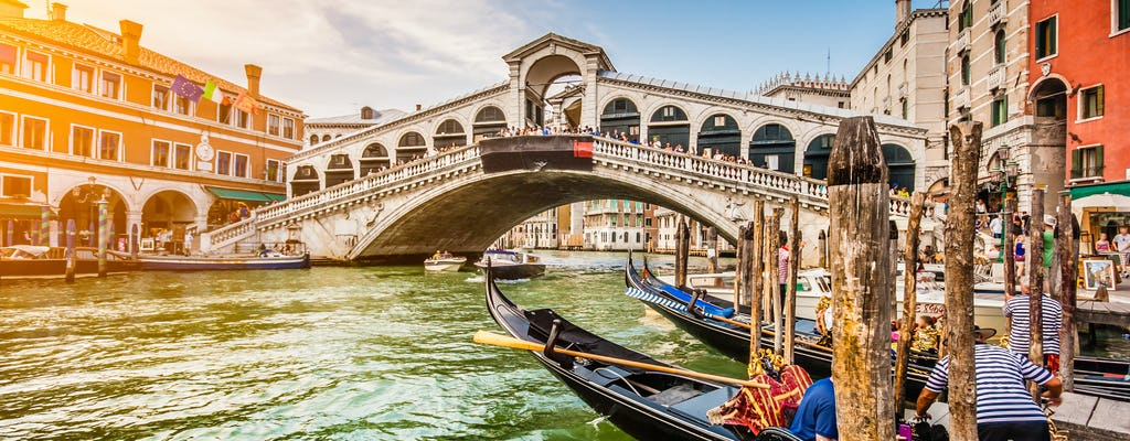 Venice express tour with Rialto Bridge, St. Mark Basilica and gondola ride