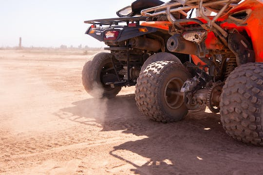 Tour en quad por Red Sands