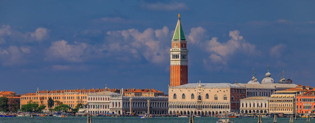 Venice in a day tour with St Mark's Basilica, Doge's Palace and gondola ride