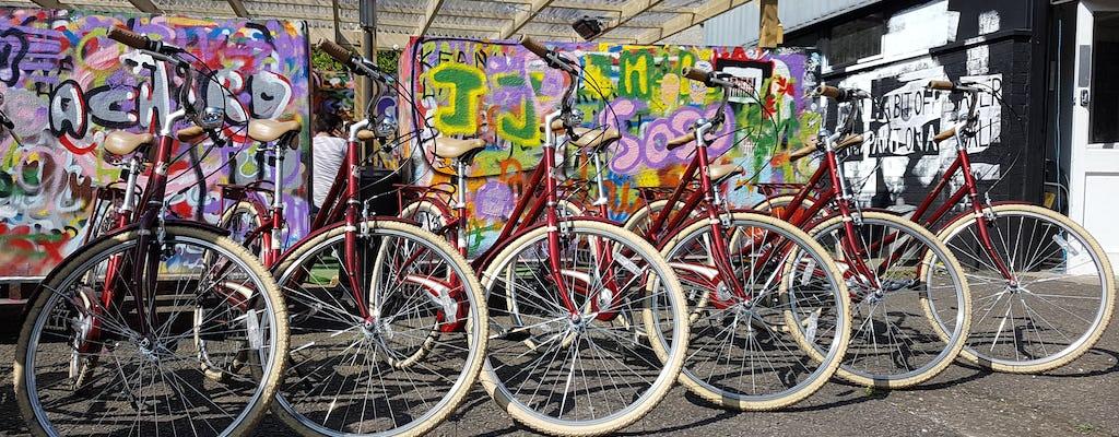 London Street Art tour by bike