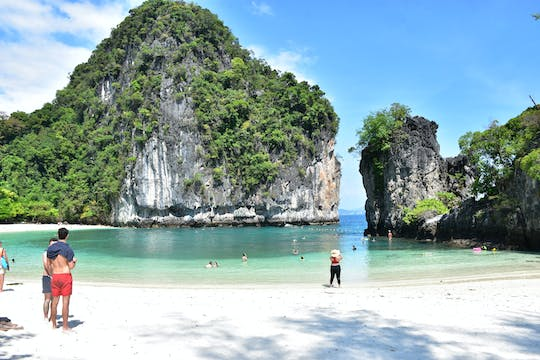 Hong Island speedboat tour from Krabi with lunch