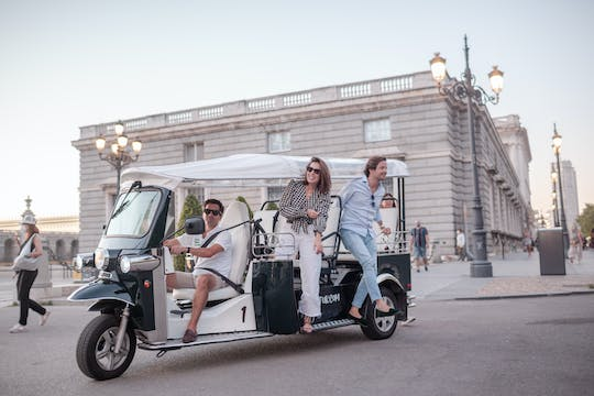 Electric tuk-tuk tour of Madrid historic center