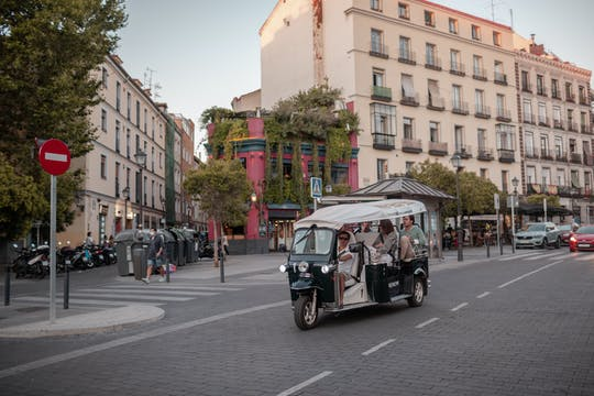 Madrid corners tuk-tuk tour