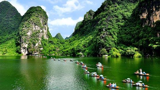 Tour de um dia inteiro pela antiga capital de Tam Coc e Hoa Lu