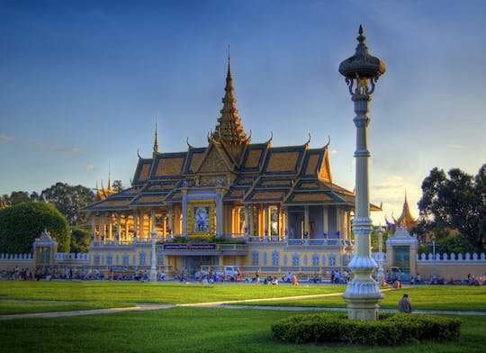 Full-day Phnompenh capital sightseeing tour
