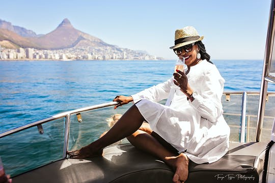 Cape Town pre-sunset champagne cruise