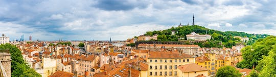 Panoramic and city tour with restaurant meal in Lyon