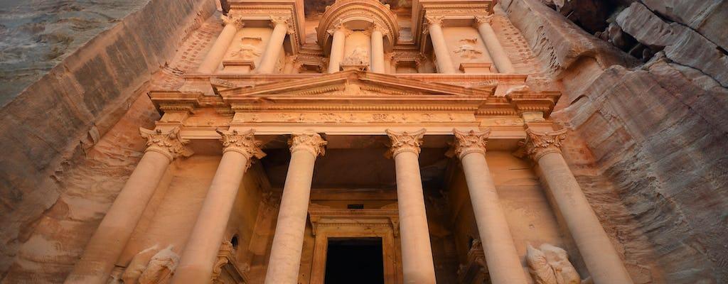 Excursión privada de día completo a Petra y Wadi Rum desde Aqaba
