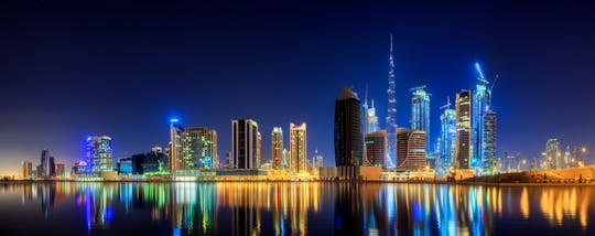 Panoramic Dubai tour by night