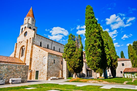 Tour of Grado and Aquileia with audioguide and entrance to the basilica