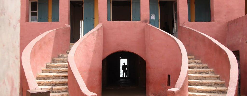 Гори остров полудневная экскурсия из Дакара