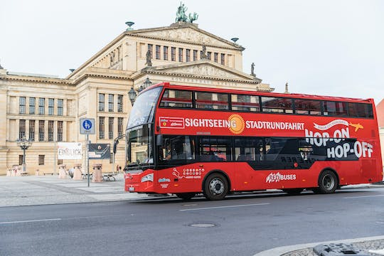 Berlin Red Sightseeing hop-on hop-off 24h or 48h tour with Spree cruise option