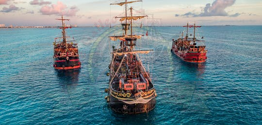 Captain Hook cruise with dinner and show
