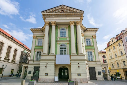 Walking tour following W.A. Mozart's footsteps