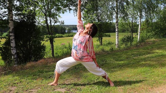 Countryside yoga in nature
