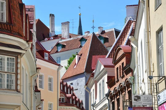 Architectural walking tour of Tallinn with a Local