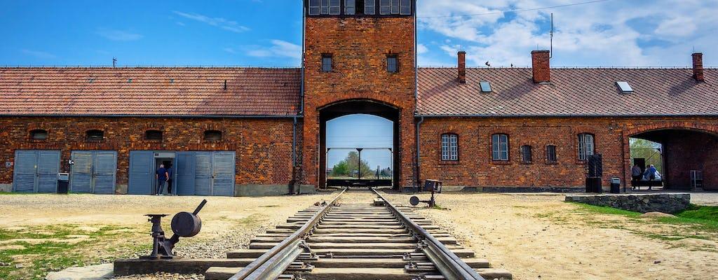 Auschwitz - Visita guiada a Birkenau saindo de Cracóvia com guia de áudio Wawel