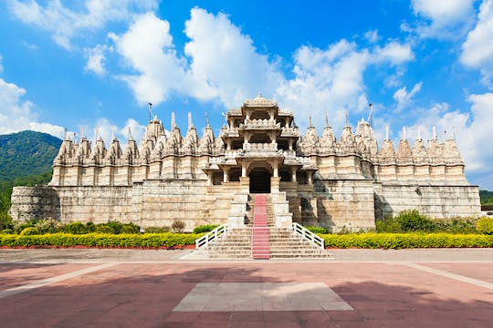 Excursion to Ranakpur Jain Temples from Udaipur