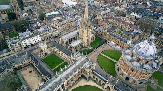 Private Tour of Oxford including entry to one college