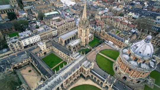 Tour privado de Oxford que incluye la entrada a una universidad