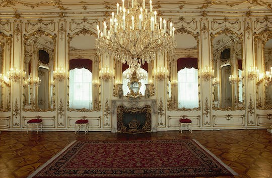 Empress Sisi and Imperial Apartments tour in Vienna