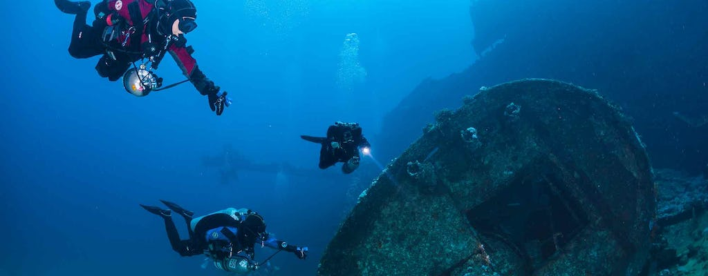 Scuba diving in Aqaba for certified divers