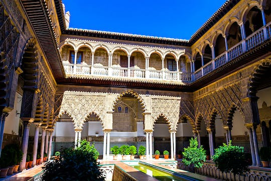Alcázar and rooftops of Seville private tour