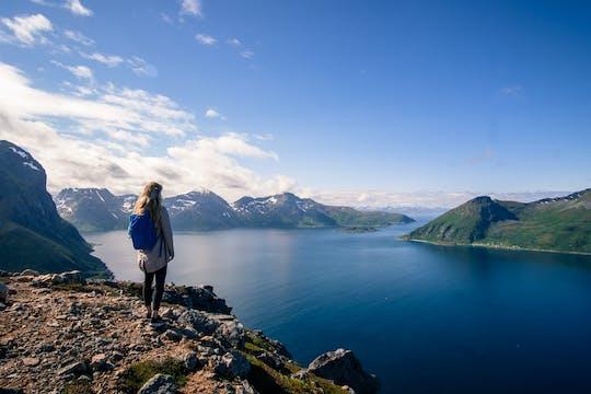 Avventura escursionistica nel fiordo con esperienza Tesla