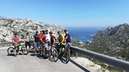 Road bike rental for Calanques National Park and Marseille