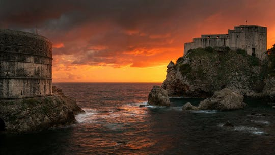 Evening Old Town guided tour and panoramic drive in Dubrovnik