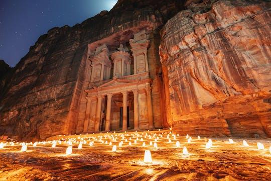Tour privado de día y noche a Petra desde el Mar Muerto
